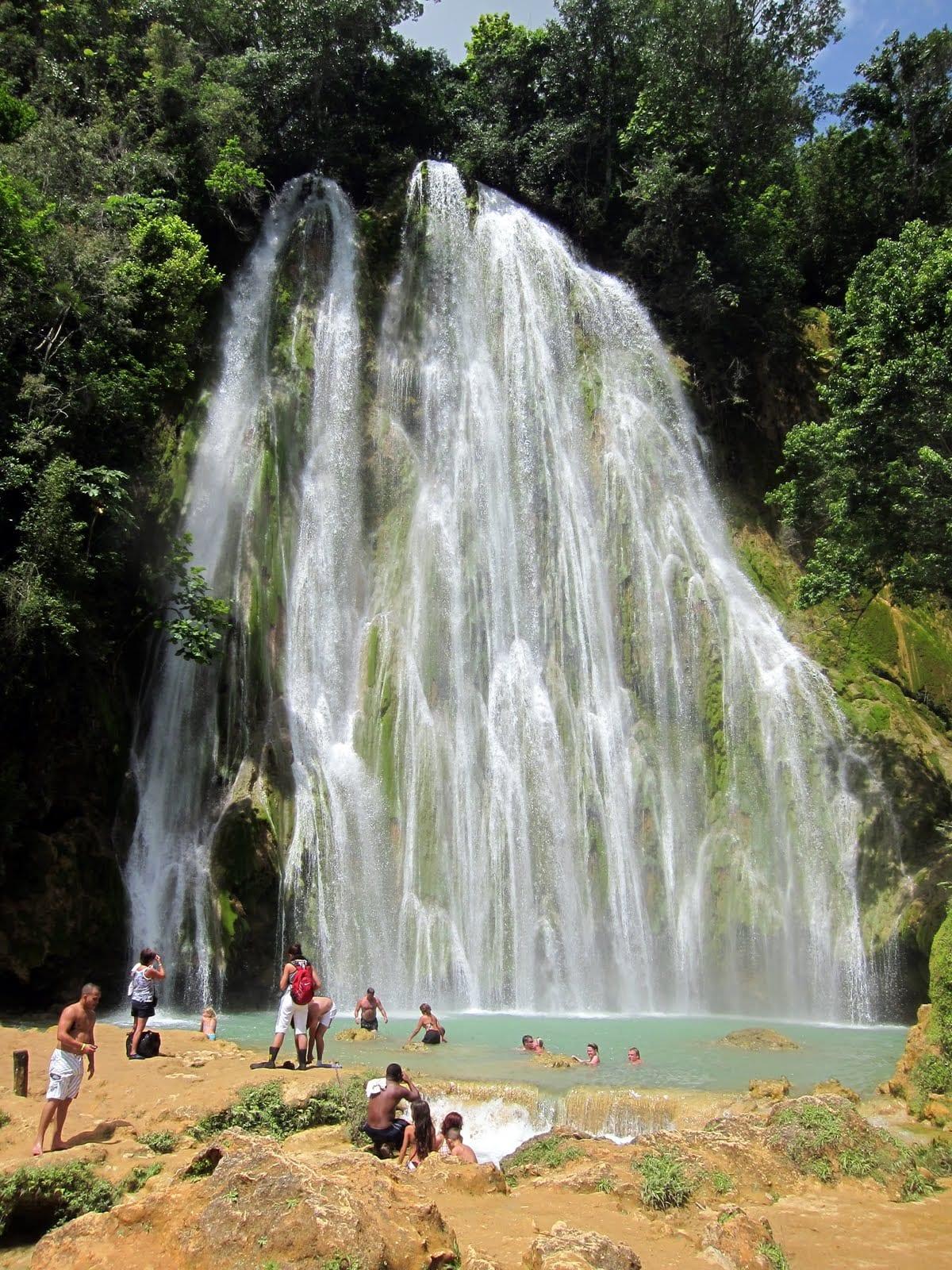 El Limon waterfall near Samana