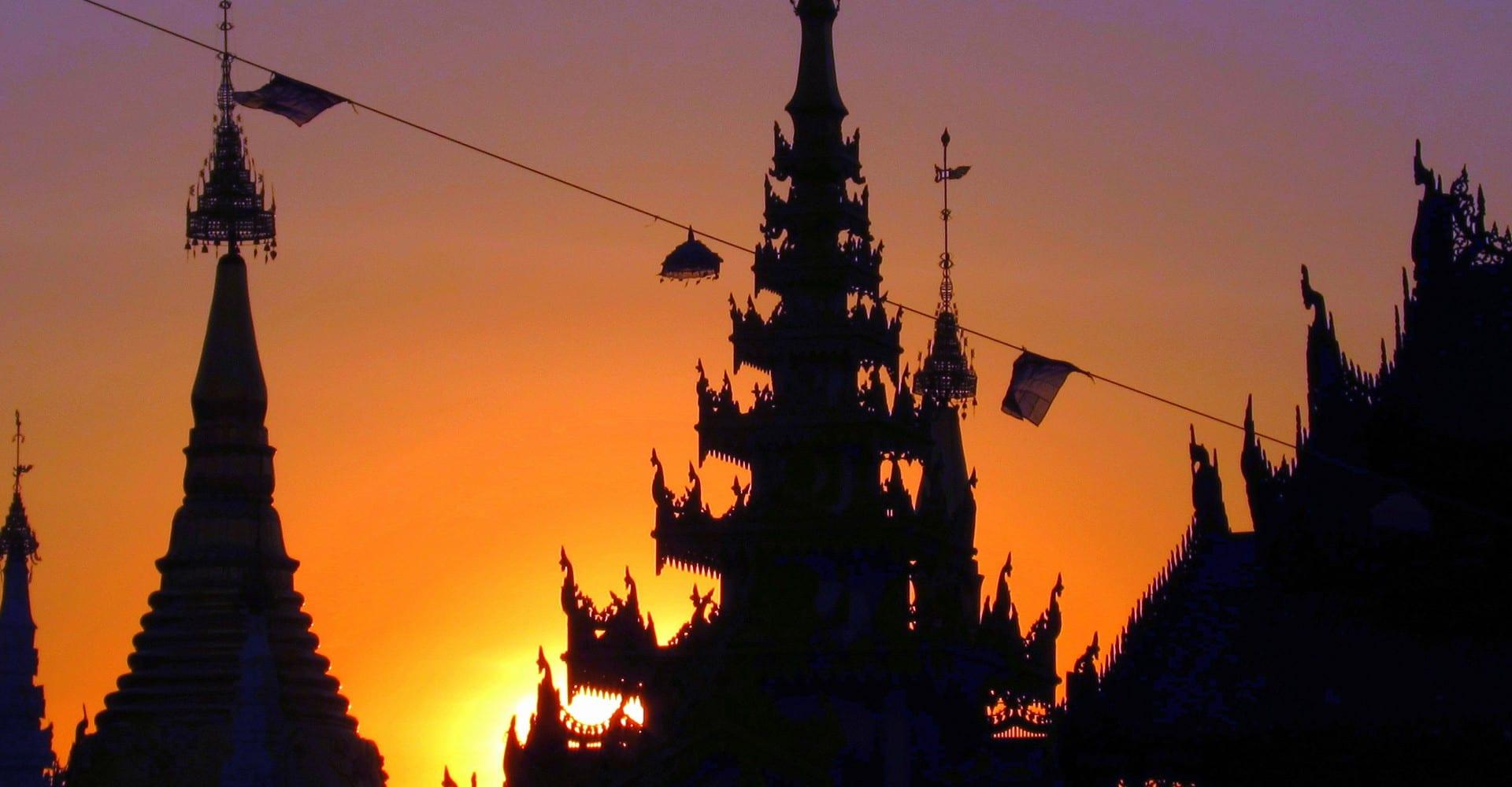 Photo Essay: Colourful Yangon, Burma (Myanmar)