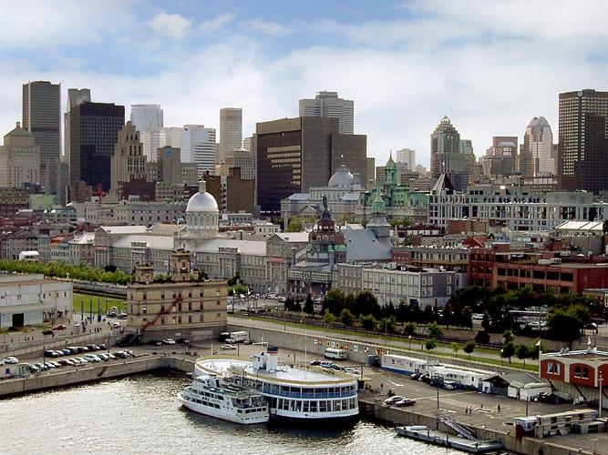 கனடா Montreal-daytime