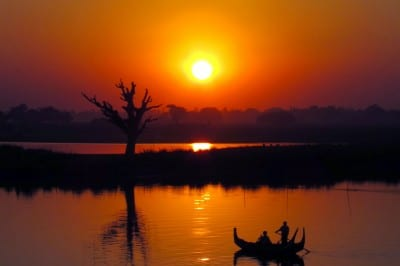 Mandalay's U Bein Bridge: Aging Teak & a Glorious Sunset