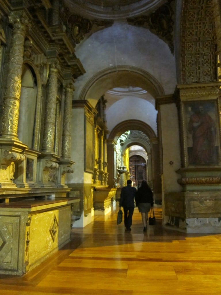Why i love quito - churches and squares