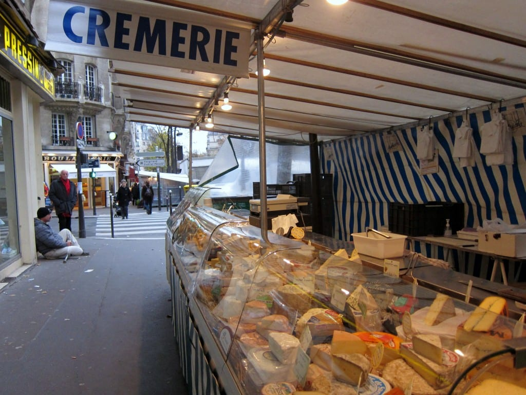 Convention Market in Paris