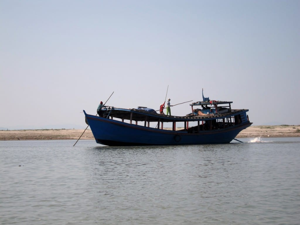 slow ferry from bhamo to mandalay