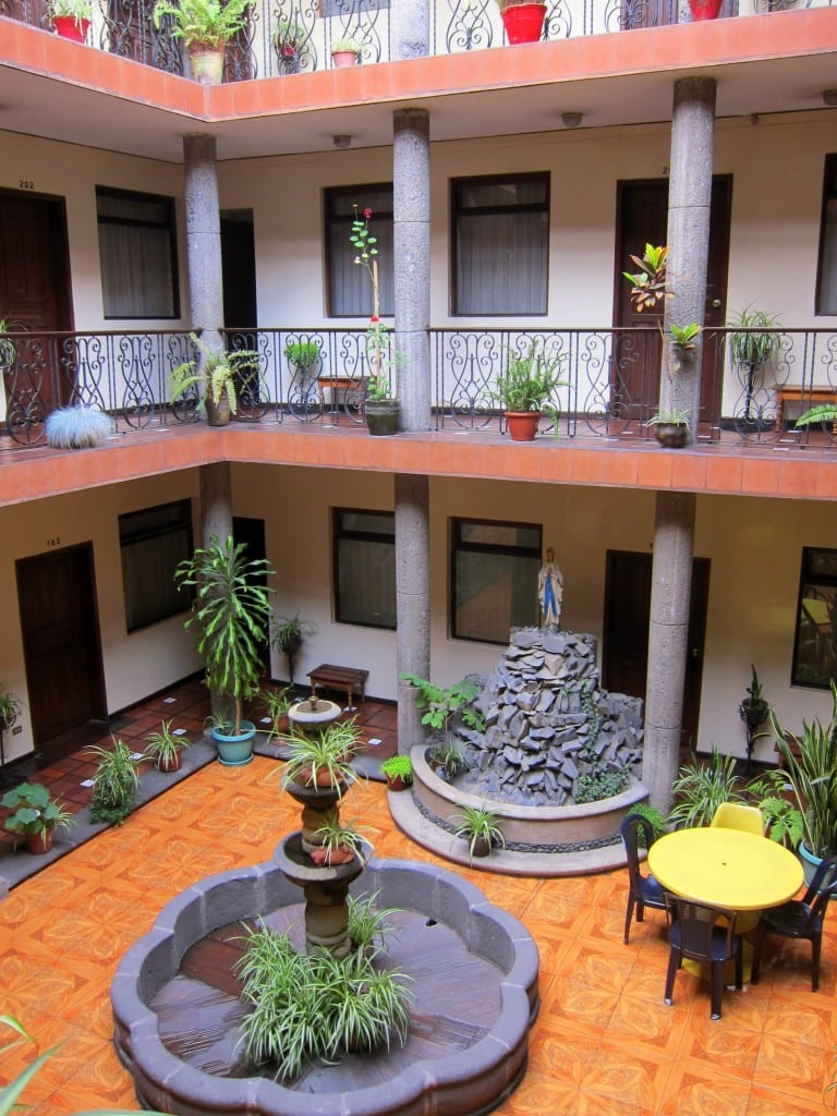 budget business hotels in quito