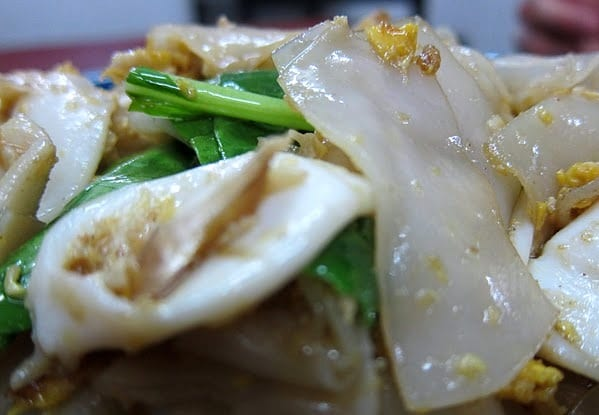 Pad-Siew in Bangkok's Victory Monument Area