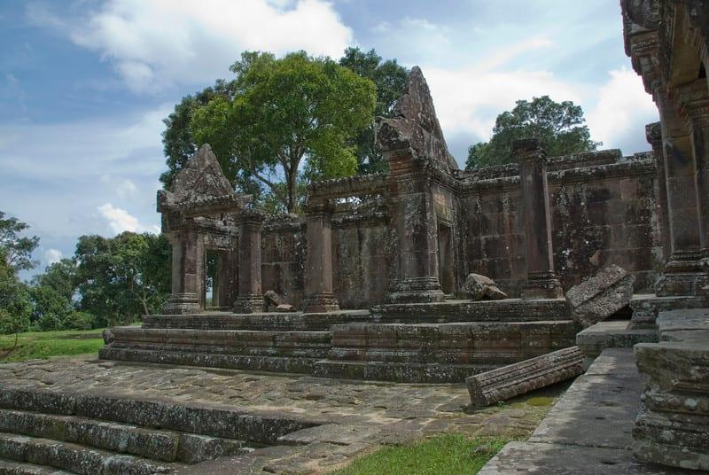 Thai, Cambodian Troops Clash near Preah Vihear Temple