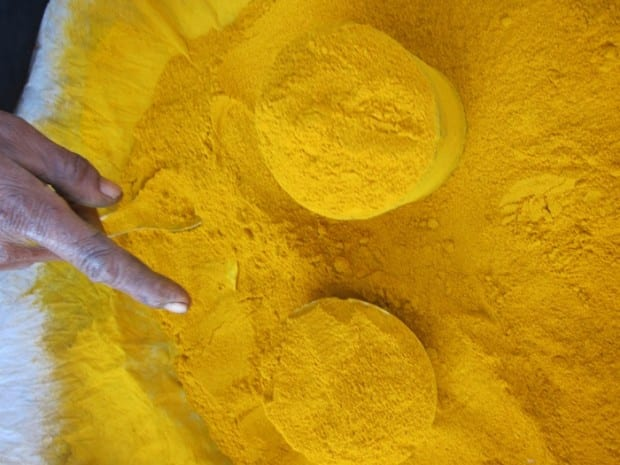 travel and spices: Tumeric in Burma