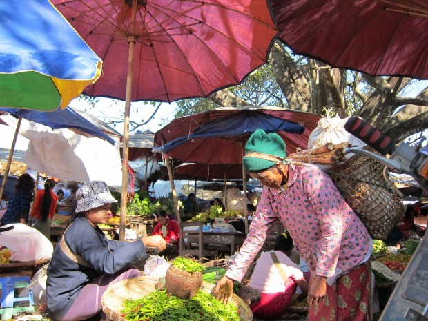 Vegetable market in Myitkyina