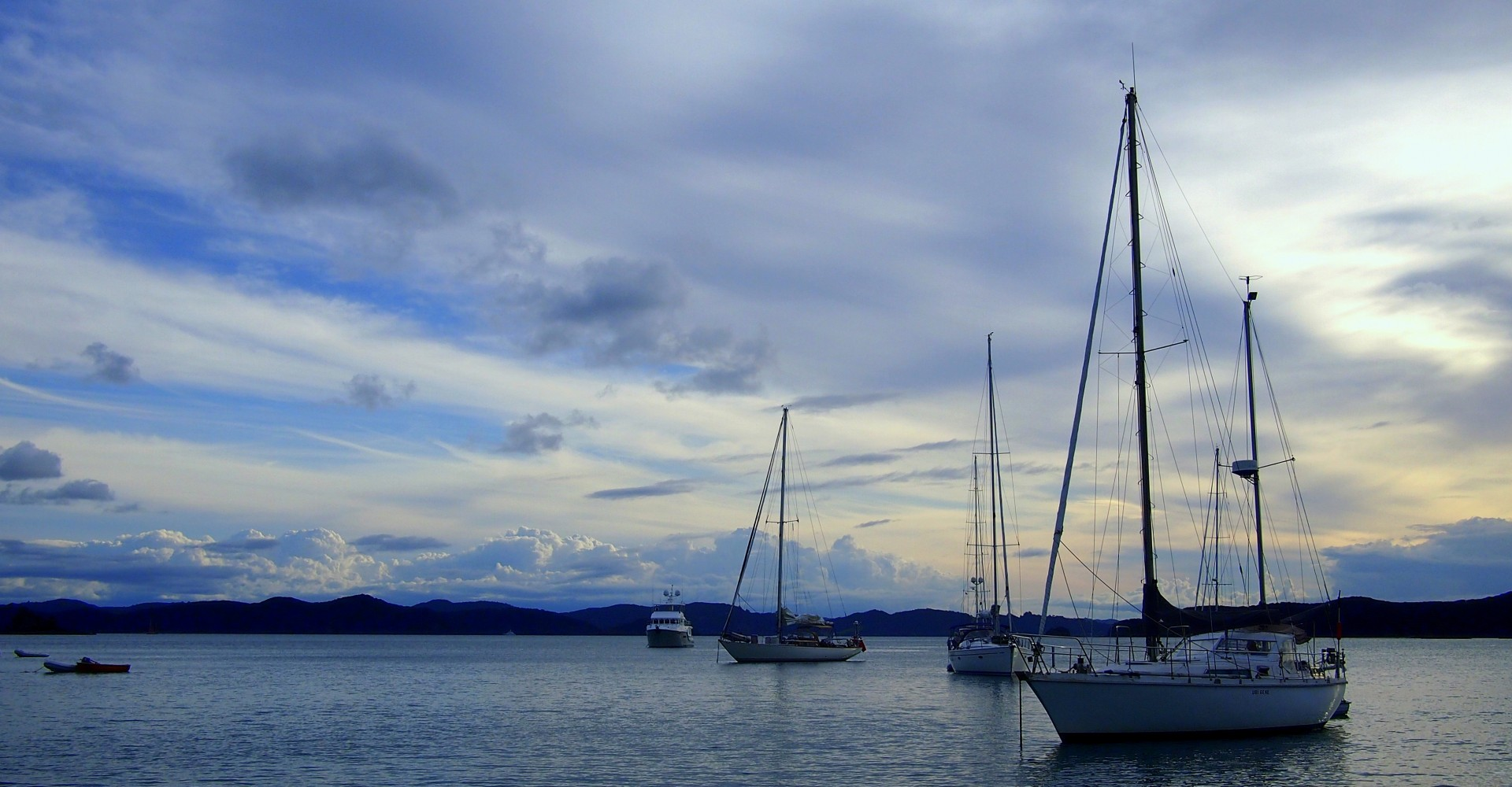 On Facing Fear and Learning How to Sail in New Zealand