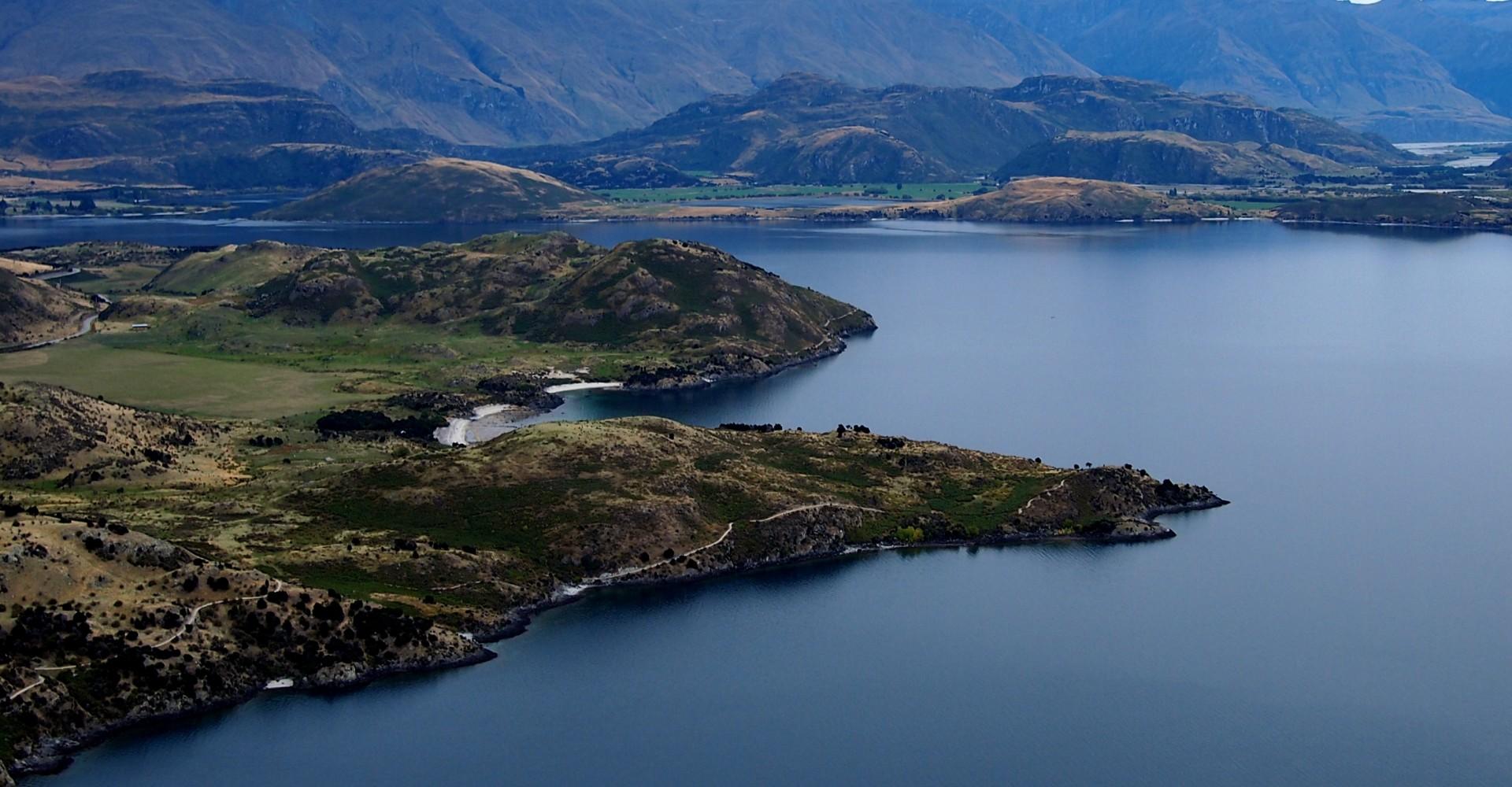 Wanaka, New Zealand in 35 Photos